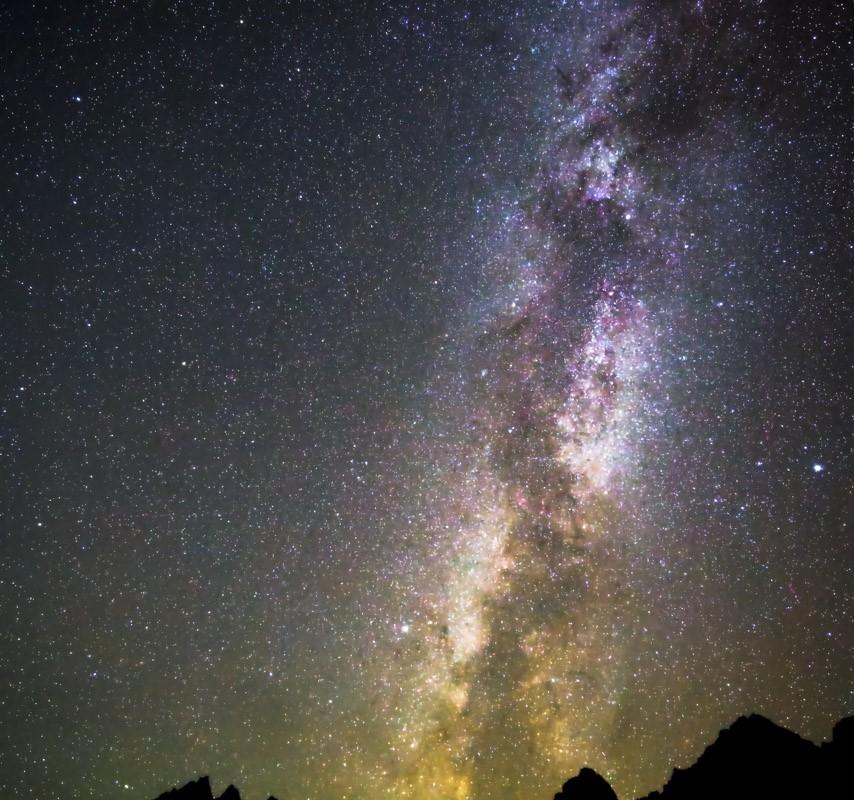Grand Tetons + Milky Way (V)